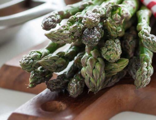 Let's welcome the asparagus, the kings of spring!